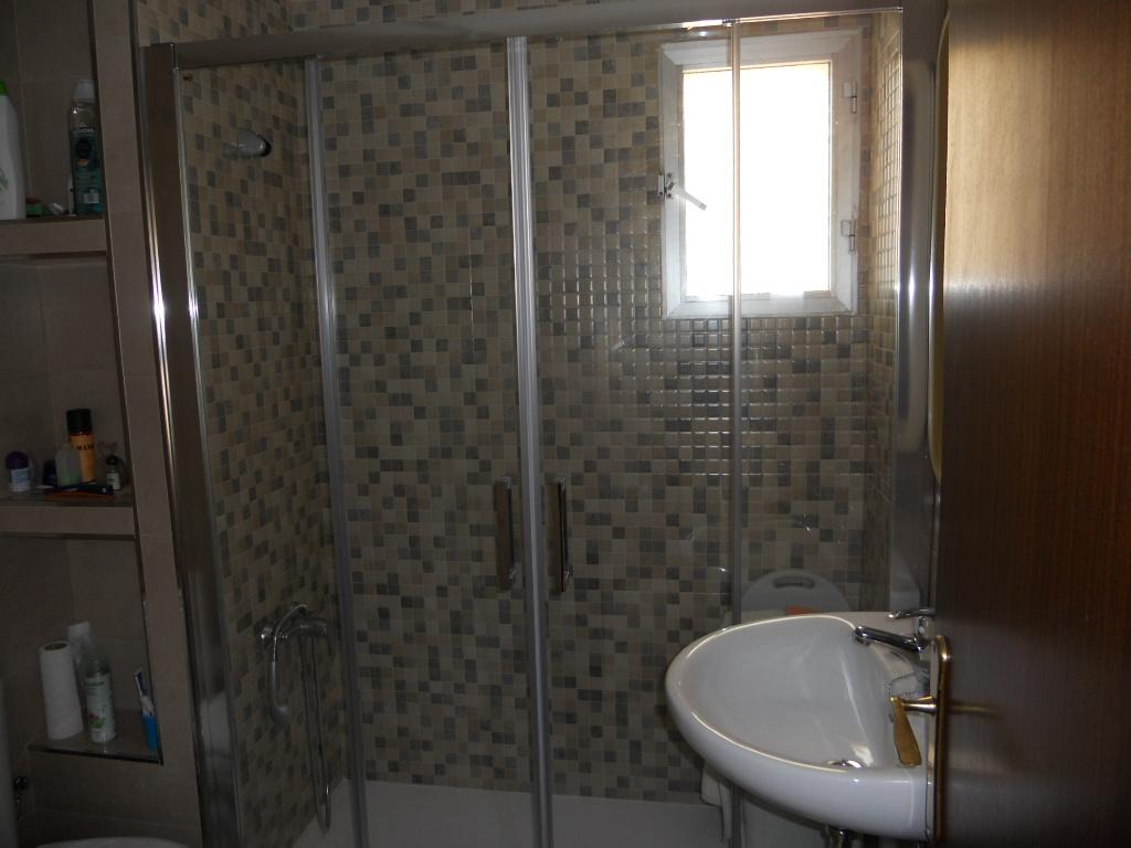 Baño con ducha reformado y nuevo