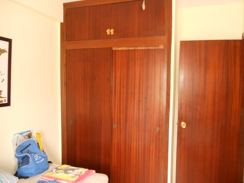 Armario empotrado del dormitorio segundario